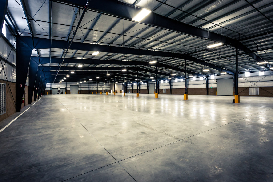 Empty industrial warehouse design panoply for Warehouse plans designs